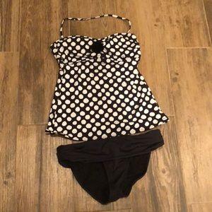 2 piece swim suit. Flowy top.